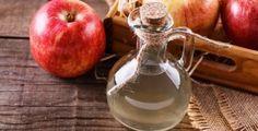 Velmi jednoduchý recept na výrobu domácího jablečného octa, který můžeme udělat jen ze slupek, které vám zbyly po loupání jablek.