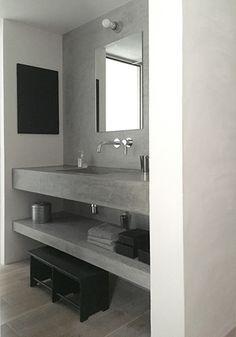 Concrete Bathroom, Natural Interior, Japanese House, Washroom, Bathroom Interior Design, Minimalist Decor, Small Bathroom, House Design, Home Decor