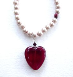 Pearl necklace and red glass heartwith accent by EvasJewellery, €19.00