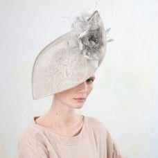 Peri- Petal Upturn Hat with Rose & Feathers