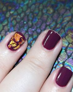 Simply Gorgeous Autumn Metallic Flake Nail Art including some tips tricks on All Things Beautiful XO Diy Natural Beauty Recipes, Fall Staples, Let It Shine, Cute Nails, Fancy Nails, Accent Nails, Holiday Nails, You Nailed It, Manicure