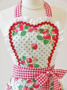Sweetheart Retro Apron Vintage Style Hostess by CarlaGAccessories, $40.00
