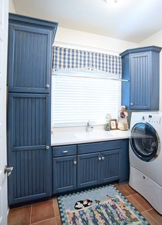 Country style blue laundry room
