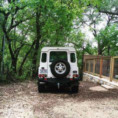 Where ya headed?  #Spotted #LandRover #LandRoverDefender #Defender90 #D90 #Rover #NAS #Overland #offroad #adventuremobile #4x4 #atx #austin #texas #safariasawayoflife by dutchsafarico Where ya headed?  #Spotted #LandRover #LandRoverDefender #Defender90 #D90 #Rover #NAS #Overland #offroad #adventuremobile #4x4 #atx #austin #texas #safariasawayoflife