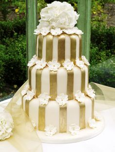 three-tiere bespoke double wedding cake