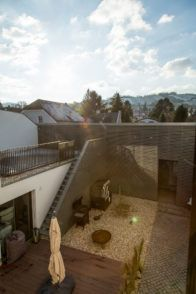 Reference: modern Villa, private owned in Austria. Villa, Modern Mansion, Austria, Mansions, Architecture, Photography, Indoor Courtyard, Interior Designing, Pictures