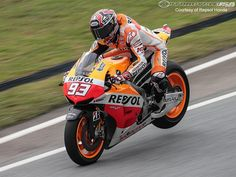 Moto GP - routine high speed hard braking rear wheel lift