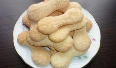 Jak upéct domácí cukrářské piškoty   recept Gingerbread Cookies, Dog Food Recipes, Cooking, Candy, Bakken, Gingerbread Cupcakes, Kitchen, Ginger Cookies, Kochen