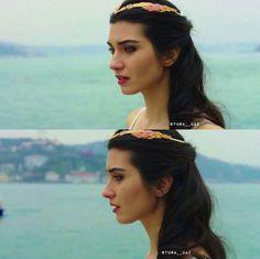 Elif Denizer bride