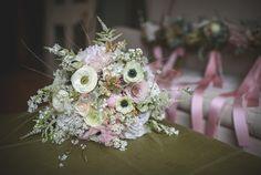 focal flowers + filler balance