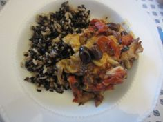 Chicken with olives and cherry tomatoes: the Ligurian recipe - http://easyitaliancuisine.com/chicken-with-olives-tomatoes/