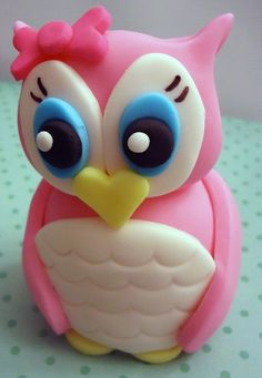Fondant owl topper by CakesAndKids (via Etsy).