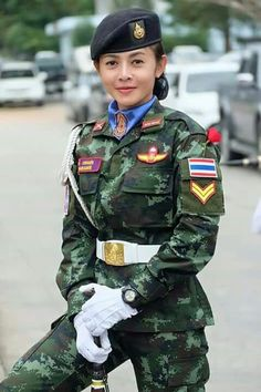 Police Uniforms, Girls Uniforms, Military Women, Military Fashion, Western Show Clothes, Female Soldier, Army Soldier, Human Poses Reference, Warrior Girl