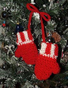 """Ravelry: L'il Mittens Ornament-4 1/2"""" pattern by Carol Ballard"""