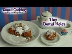 ▶ Tiny Donuts - Kawaii Cooking - a tiny cooking show - YouTube What a hoot!  Cooking dollhouse sized foods using REAL FOOD and dollhouse equipment!