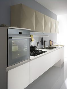The KITCHENS of this Spar line, fashionable, exclusive and stylish, also offer a range of compositions for the living area. http://www.spar.it/sp/en/arredamento/proposta-04.3sp?cts=cucine_moderne_miami?utm_source=pinterest.com&utm_medium=post&utm_content=cucine-moderne-miami&utm_campaign=post-cucine-moderne