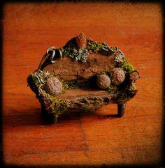 Diana Heyne  fae sofa in bark and twigs  https://www.facebook.com/photo.php?fbid=542743999109415=pb.100001214586350.-2207520000.1368683027.=3