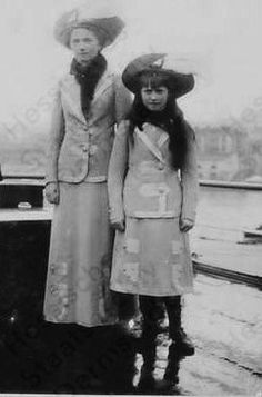 Olga and Anastasia http://www.pinterest.com/tsarskoe/world-of-the-romanovs/