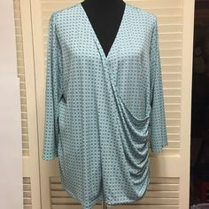Diamond wrap top Wore this once - no stains, tears etc Liz Claiborne Tops