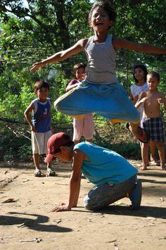 Larong Pinoy Series #03:Luksong Baka Childhood Games, Childhood Memories, Filipino Culture, Filipino Art, Naughty Kids, Philippines Culture, St Joan, Kids Photography Boys, Child Smile