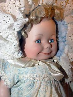 """Трехликая куколка """"DAS PUPPEN KUNSTARCHIV"""" / Фарфоровые куклы / Шопик. Продать купить куклу / Бэйбики. Куклы фото. Одежда для кукол"""