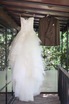 【基礎知識】ウエディングドレスの種類とブランドを徹底研究!今、知りたいドレス事情 Formal Dresses, Wedding Dresses, One Shoulder Wedding Dress, Fashion, Dresses For Formal, Bride Dresses, Moda, Bridal Gowns, Formal Gowns