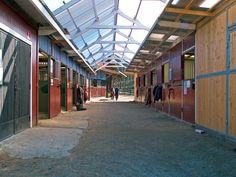 Uteboxen.se - Köp Stall Utebox Stallinredning Vindskydd Fönster Dörrar hög…