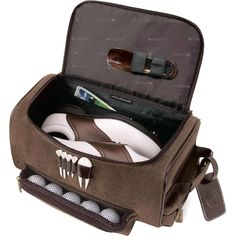 Shoe bag. Sovrano(TM) lining, tees, and divot tool included, long wearing Novohyde stands up to the rigors of travel, prestigious golfer luggage tag.