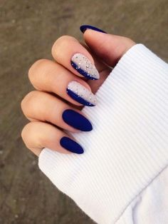 Matte Winter Nail Art Idea