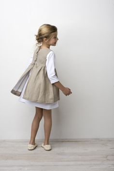 Sainte Claire- no tutorial, i just love this fashion for young girls.