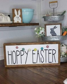DIY Easter Wood Crafts which are a result of Labour, Love And Patience Ostern Holzhandwerk # Holzdekoration Primitive Wood Crafts, Wooden Crafts, Primitive Signs, Spring Crafts, Holiday Crafts, Diy Osterschmuck, Diy Y Manualidades, Diy Ostern, Diy Easter Decorations