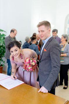 Fotograf Cununie Civilă București Sector 1 | Fotograf nuntă București Civil Wedding, Fashion, Moda, Fasion, Courthouse Wedding, Trendy Fashion, La Mode
