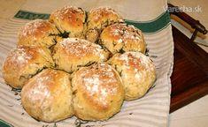 Islandský chléb s koprem a smaženou cibulkou