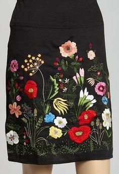 Black Floral Embroidered Pencil Skirt