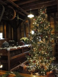 Christmas at Lanterman's Mill, Mill Creek Park, Youngstown, Ohio
