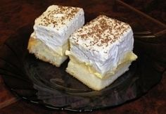 Madártej szelet 2. Vanilla Cake, Tiramisu, Deserts, Cheese, Snacks, Ethnic Recipes, Food, Caramel, Appetizers
