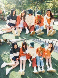 Korean Fashion Similar Look - Fashion Korean Fashion Trends, Korean Street Fashion, Korea Fashion, Asian Fashion, Look Fashion, Girl Fashion, Autumn Fashion, Fashion Outfits, Asian Street Style