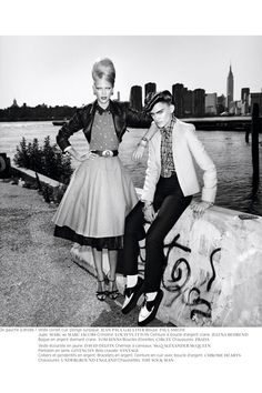 LOVE this shoot for French Revue de Modes F/W 2010 by Thierry le Goues. The Rockabilly styling is spot on and the New York city . Teddy Girl, Teddy Boys, Boys New Fashion, New Fashion Trends, Girl Fashion, Fashion Shoot, Fashion Models, Rockabilly Boys, Rockabilly Fashion