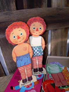 Raggedy Ann and Andy Magic Paper Dolls In Box