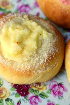 Easy cream cheese kolache recipe freezes well, too! From RestlessChipotle.com