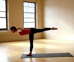 4 yoga poses for a strong core (i'm omitting headstand. not a headstand advocate)