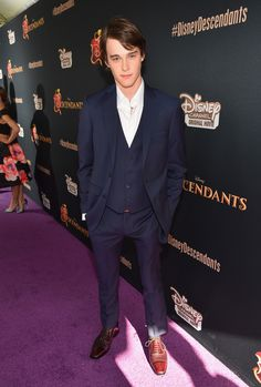 Mitchell Hope Photos Photos - Celebrities Attend the Premiere of Disney's 'Descendants' - Zimbio