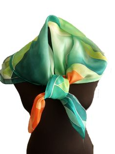Kézzel festett selyem sálak, kendők - ideális ajándék nőknek - áldás selyem kendő: http://silkyway.hu/aldas-selyem-kendok-90-90.html