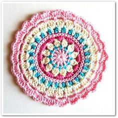 Summer coasters on http://jolietricot.com/top-10-quick-projects-to-be-completed-on-a-day/
