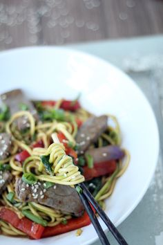 Sesame Beef Stir Fry with Zucchini Noodles -- would be great to make vegan with some Gardein beef tips
