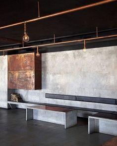 WEBSTA @ arkpad - O arquiteto Rickard Lindvall criou um espaço sob medida para um restaurante, com estilo industrial e inspirado nas antigas fábricas do leste da Europa. Ele apostou em tubulações aparentes de cobre e revestimento de concreto. #interiores #decor #decoracao #interiordesign #arkpad