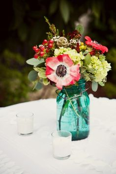 Simple anemone and mason jar floral arrangement {Photo: Ooh! Events}