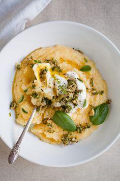 Poached egg polenta