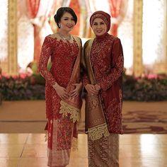 Ibu & me Kebaya Lace, Kebaya Hijab, Kebaya Brokat, Batik Kebaya, Kebaya Dress, Kebaya Muslim, Vera Kebaya, Kebaya Wedding, Muslimah Wedding Dress