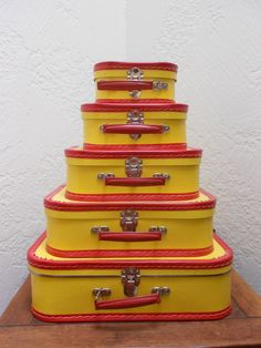Mid-century. Wouldn't these be adorable in a Curious George-themed nursery? myclosetshelf.etsy.com
